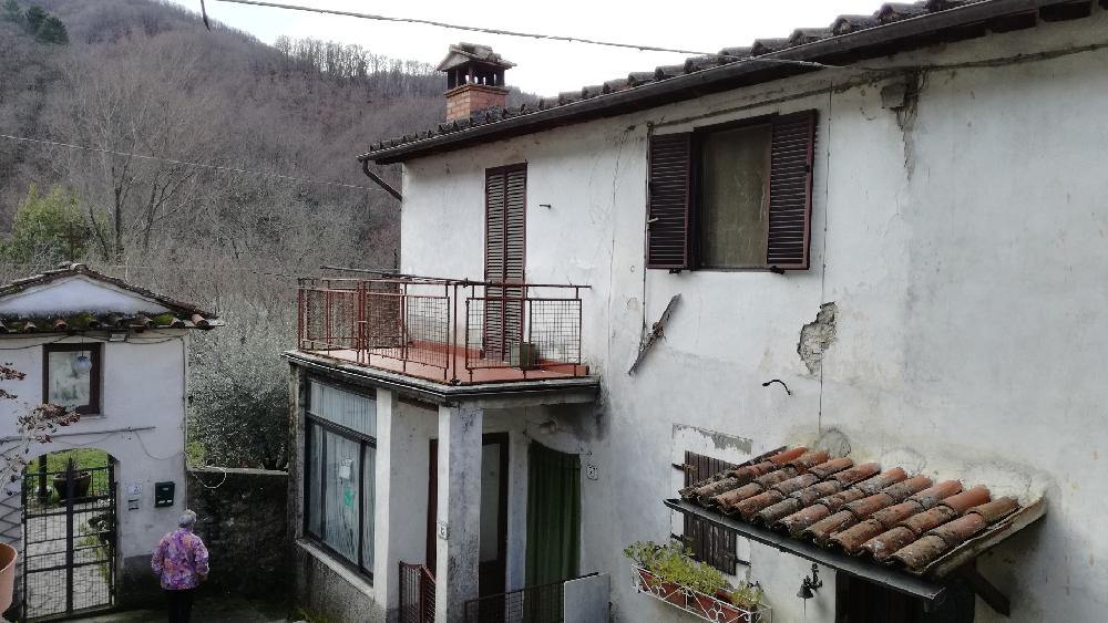 Apartment For Sale in Tuscany (Italy)